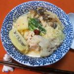 【唐辛子レシピ】豚肉とキウイのひらひらピリ辛豆乳味噌鍋