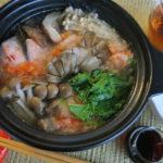 【唐辛子レシピ】鮭とキノコのみぞれ塩柚子胡椒なべ