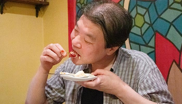 死神パフェを食べる
